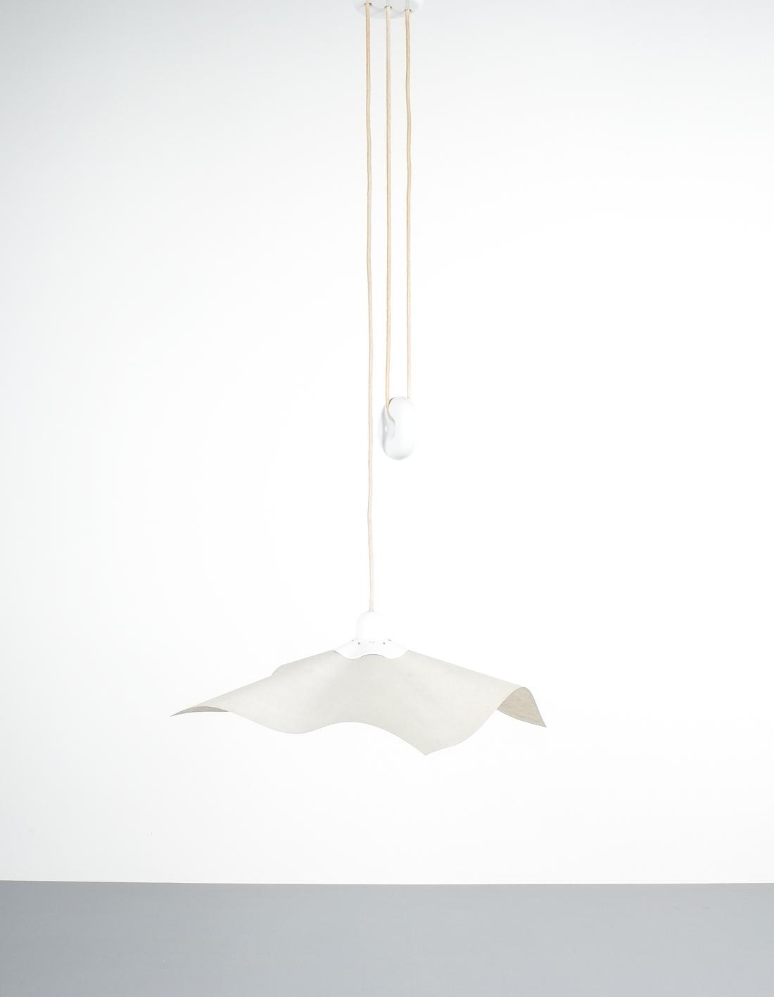 Mario bellini rare area counterweight pendant lamp by artemide1976 mario bellini rare area counterweight pendant lamp by artemide italy 1976 mozeypictures Image collections