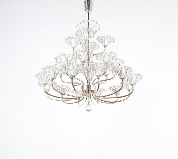 Stejnar wedding cake chandelier silver_02