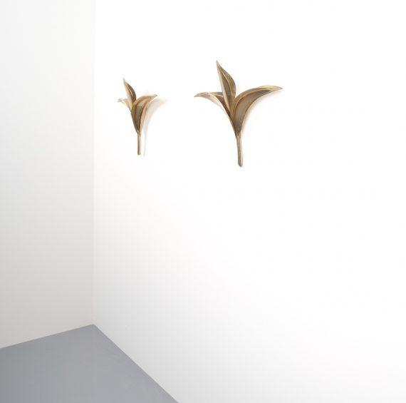 barbi style brass tulip wall lamps 2 Kopie