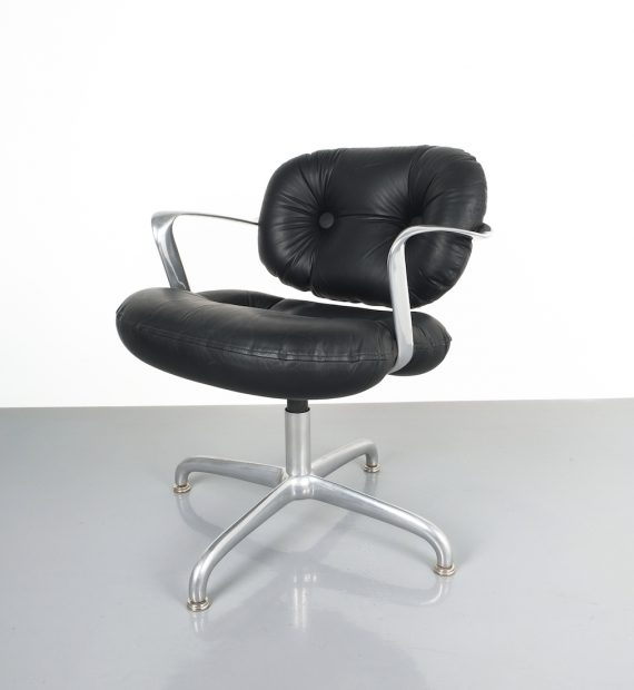 hannah morrison black leather chairs_07