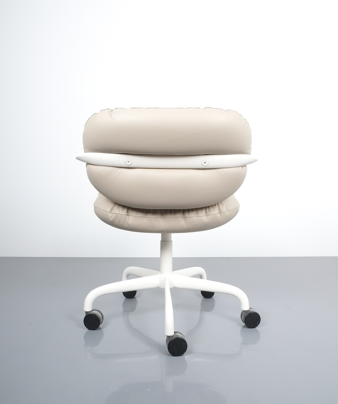 Andrew Morrison and Bruce Hannah for Knoll Office Chair Beige Leather, 42
