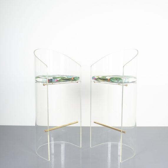pair lucite bar stools 1970 11 Kopie