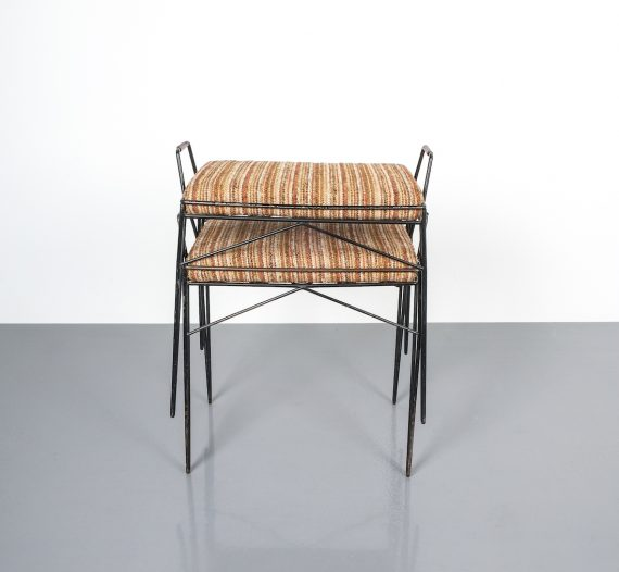 wire frame stools _02