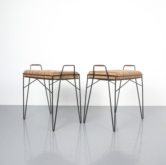 wire frame stools _04