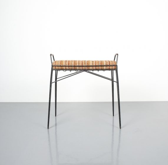 wire frame stools _06
